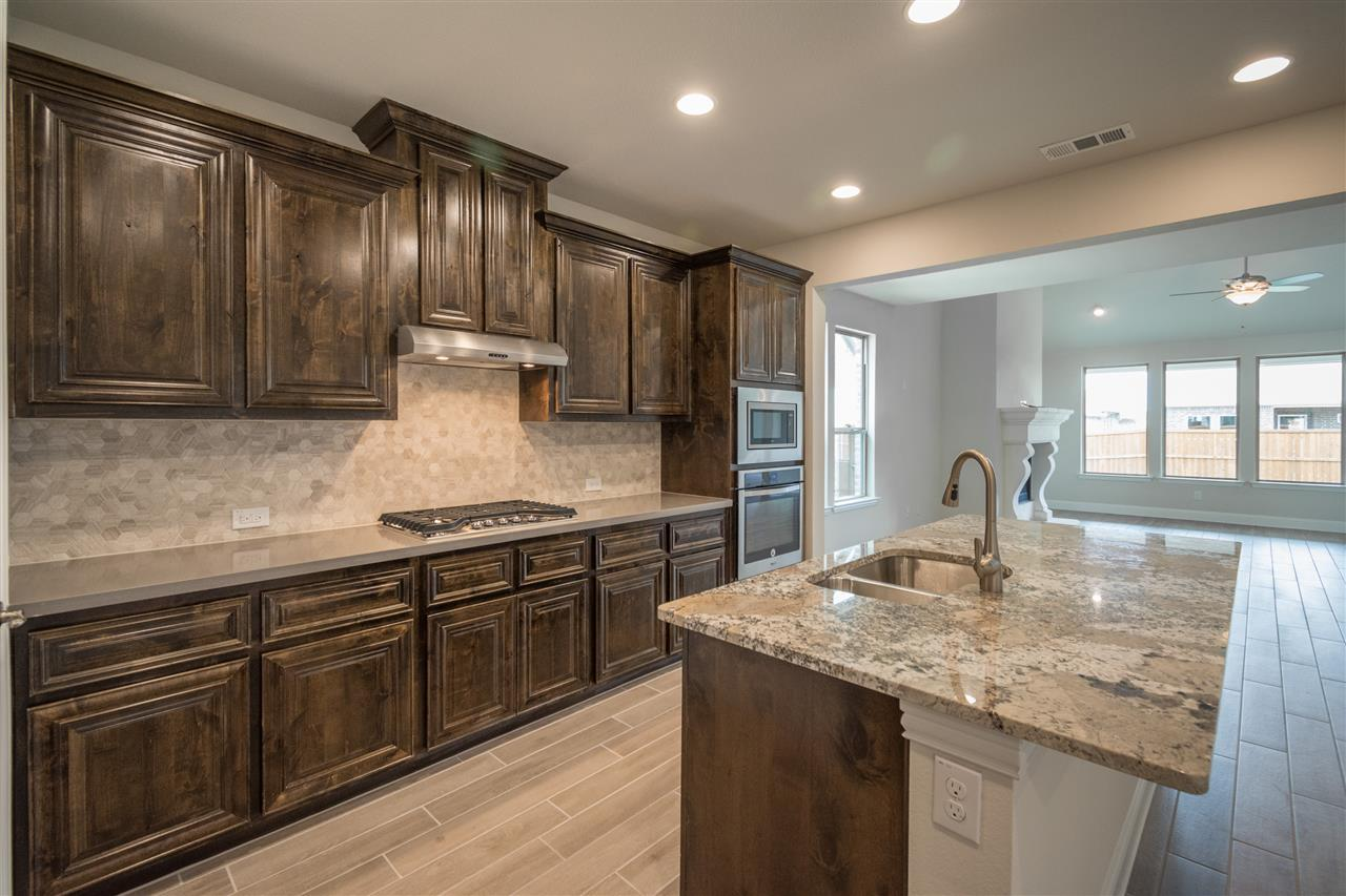 Kitchen-in-San Angelo-at-Canyon Falls-in-Argyle