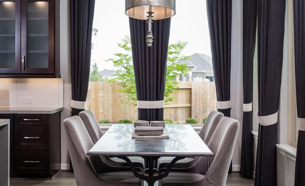 Breakfast-Room-in-Bridgeport-at-Aliana-in-Richmond