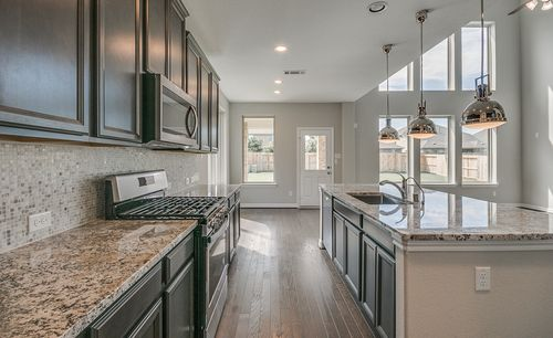 Kitchen-in-Thornton-at-Lakes at NorthPointe-in-Cypress