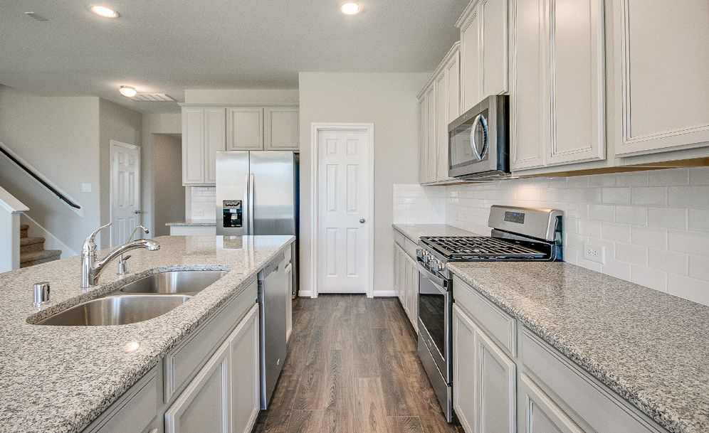 Kitchen-in-Hyde-at-Lakes at NorthPointe-in-Cypress