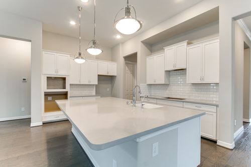 Kitchen-in-Burleson-at-Aliana-in-Richmond