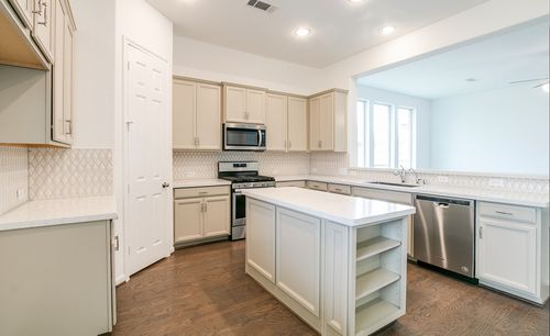 Kitchen-in-Cheyenne-at-Lakes at NorthPointe-in-Cypress