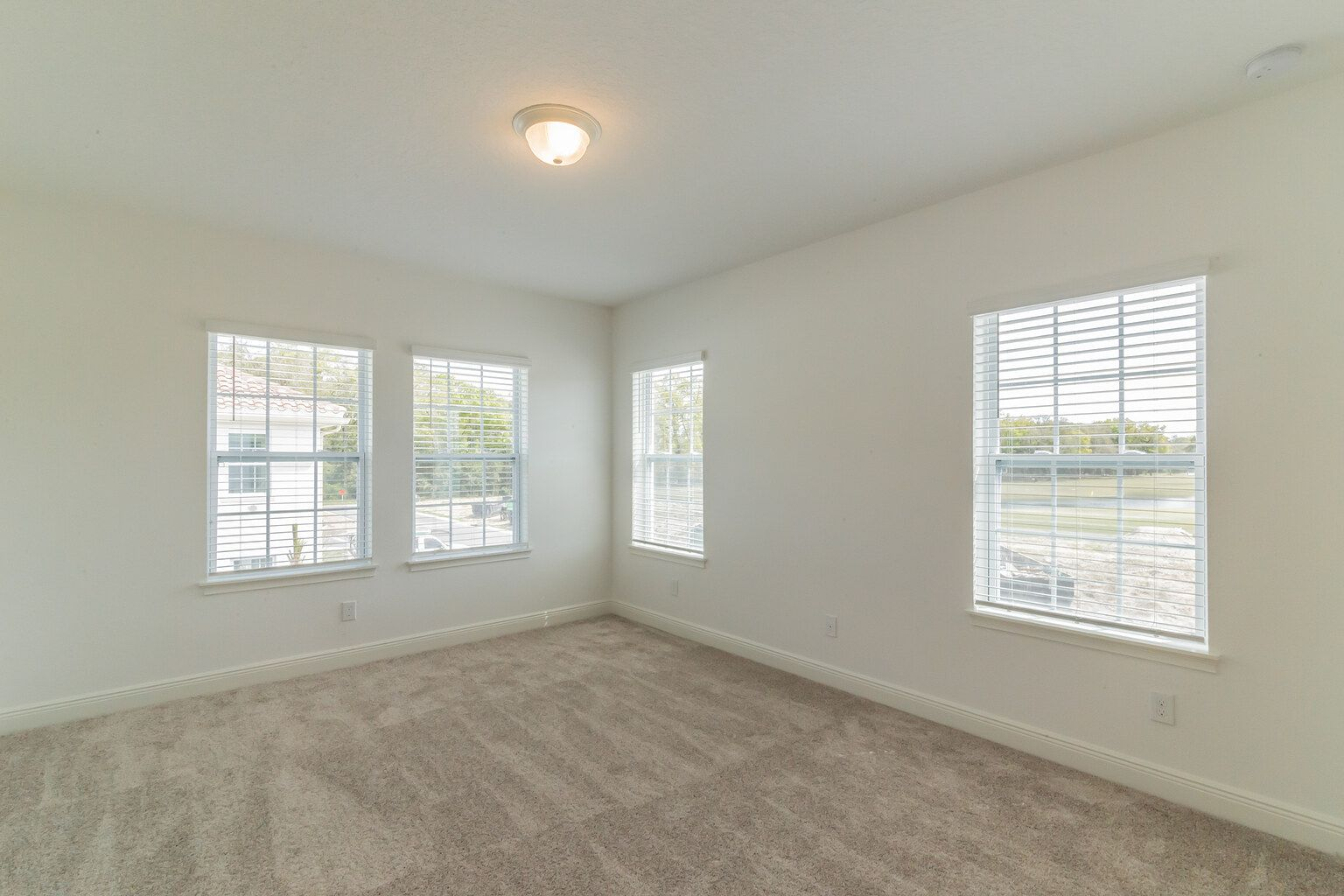 Empty-in-Dario-at-Estates at Sweetwater Country Club Townhomes-in-Apopka