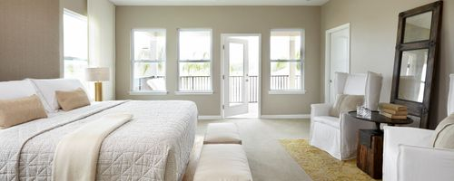 Bedroom-in-Niagara II-at-Laureate Park-in-Orlando