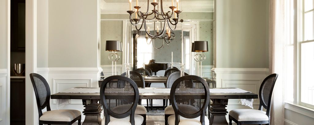Dining-in-Oxford-at-Adair Manor-in-Johns Creek