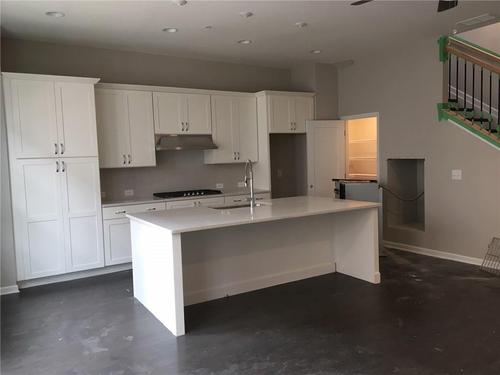 Kitchen-in-Brahms II-at-Aria-in-Sandy Springs