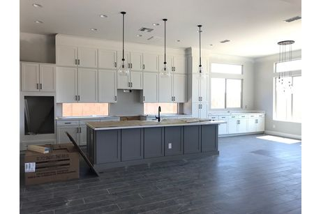 Kitchen-in-Daisy-at-Graystone-in-Gilbert