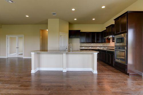 Kitchen-in-Pecos-at-Meyer Ranch-in-New Braunfels