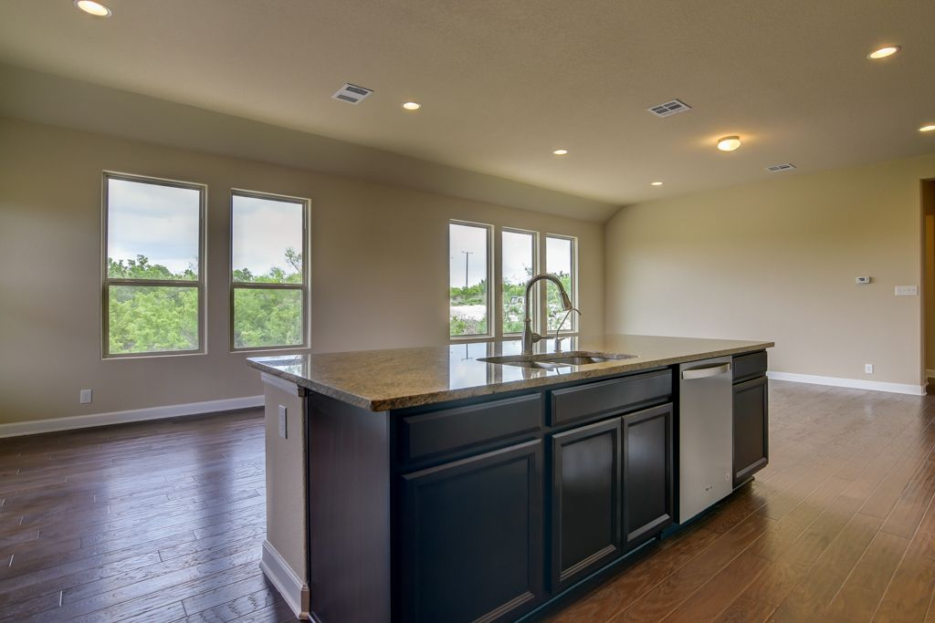 Kitchen-in-Pecos-at-Meyer Ranch-in-New Braunfels