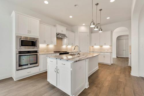 Kitchen-in-Hyde-at-Highpointe-in-Austin