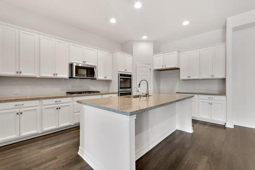 Kitchen-in-Blake-at-Highpointe-in-Austin
