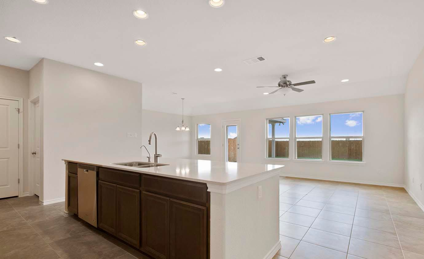 Kitchen-in-Montgomery-at-Lagos-in-Manor
