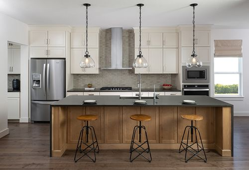 Kitchen-in-Westlake-at-Carmel-in-Pflugerville