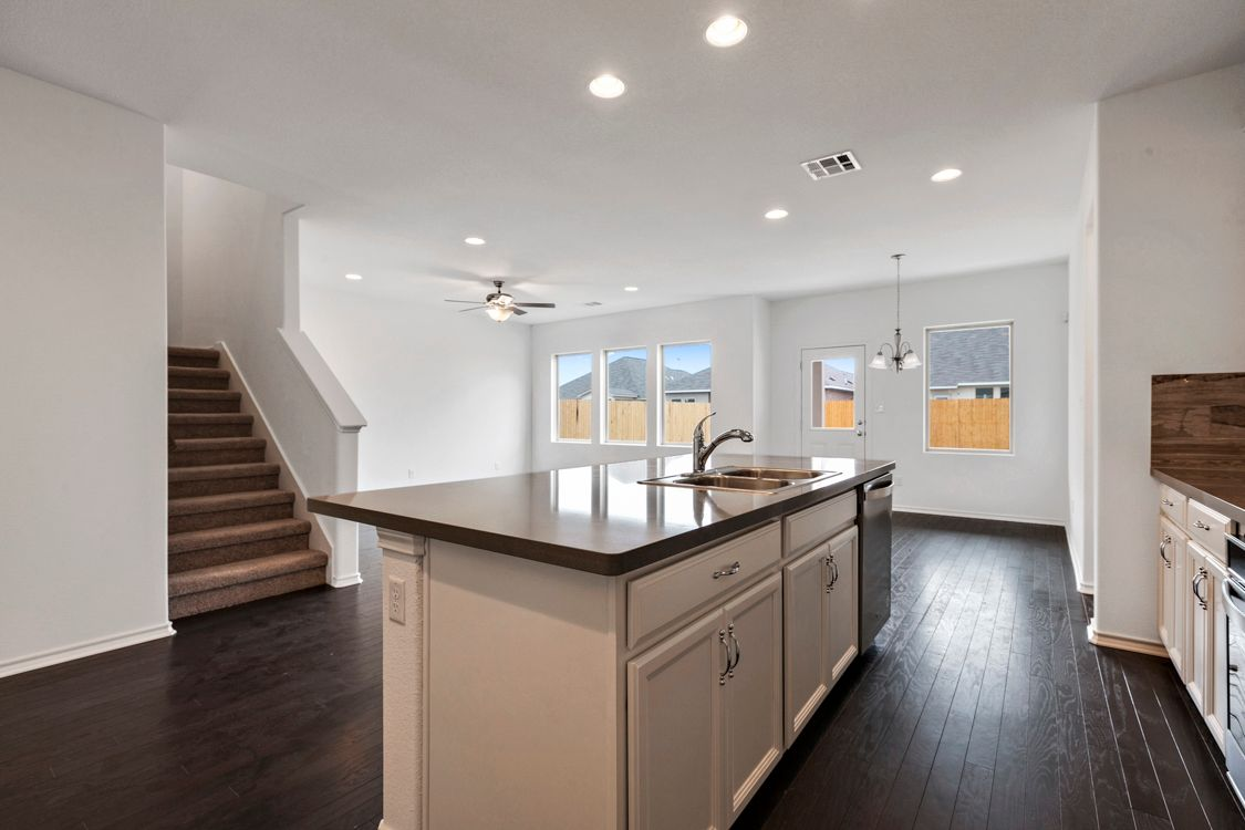 Kitchen-in-Portsmouth-at-Lagos-in-Manor