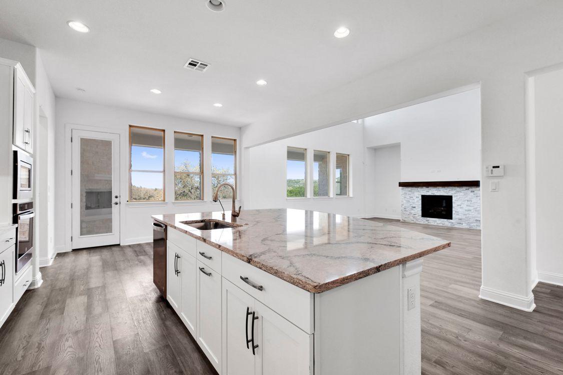 Kitchen-in-Oxford II-at-Saratoga Hills-in-Austin