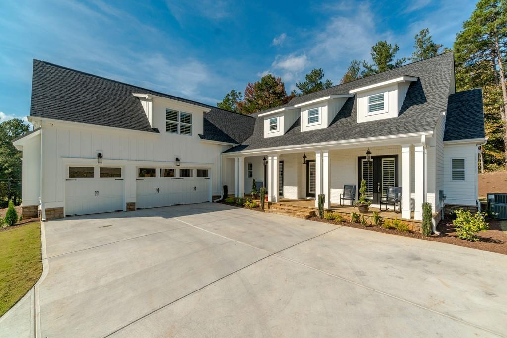 Exterior featured in The Somerset Manor By Phoenix Custom Builders  in Atlanta, GA