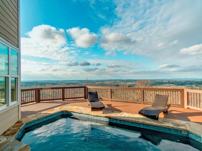 5026 Pindos Trail (The Norwich Cottage)