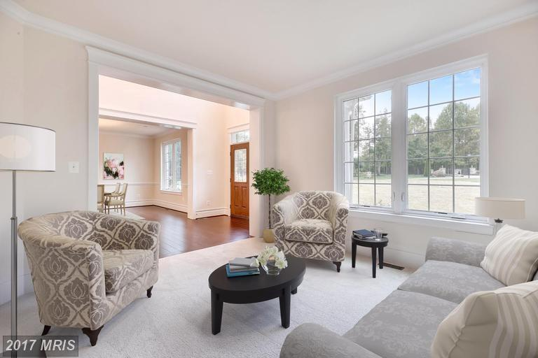 Living Area featured in the Charles Ridgely II By Baldwin Homes Inc. in Baltimore, MD