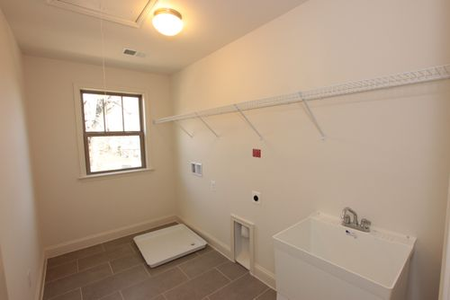 Laundry-in-Single Family - The Maple-at-Valley View Estates-in-Leesburg