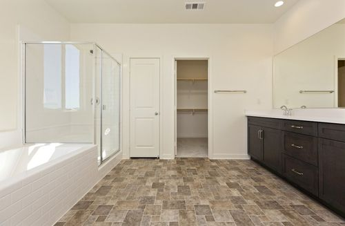 Bathroom-in-Reserve-at-Provence at Heritage Ranch-in-Winchester