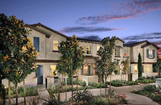 Exterior:Spanish Colonial W Elevation