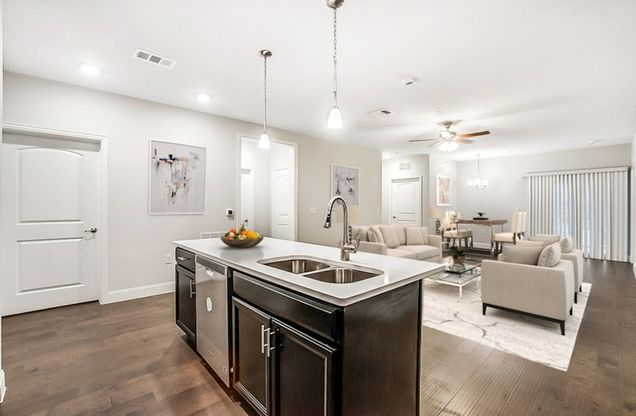 Interior:Clifton Kitchen and Living Room