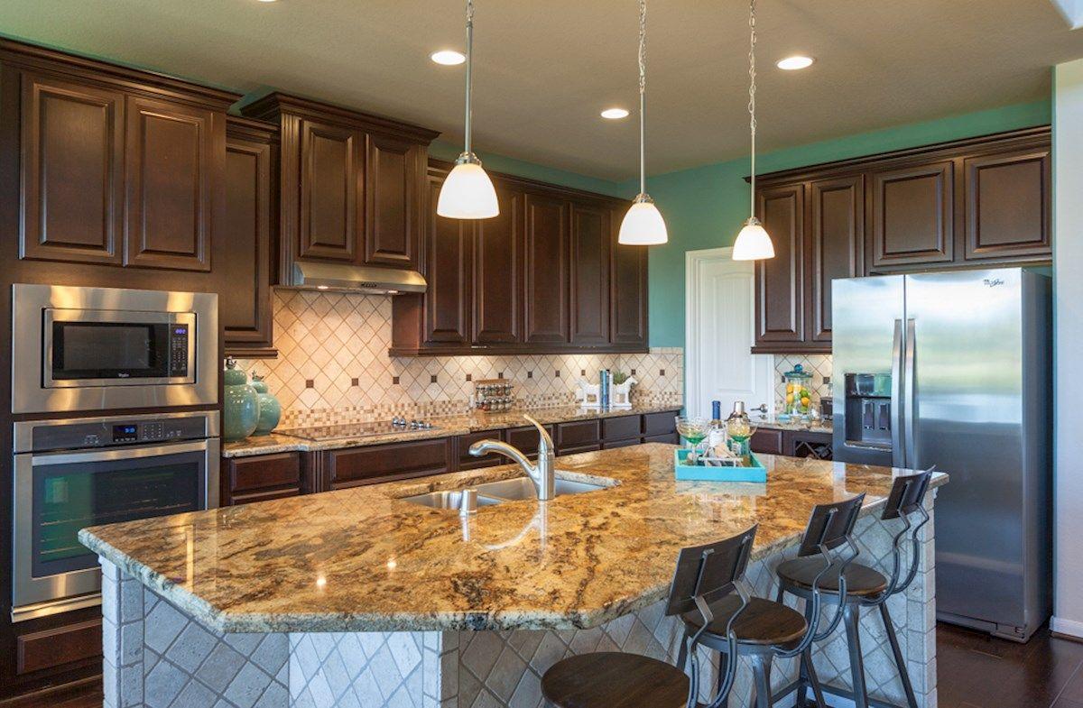 Bonbrook Lakes in Rosenberg, TX, New Homes & Floor Plans by Beazer Homes