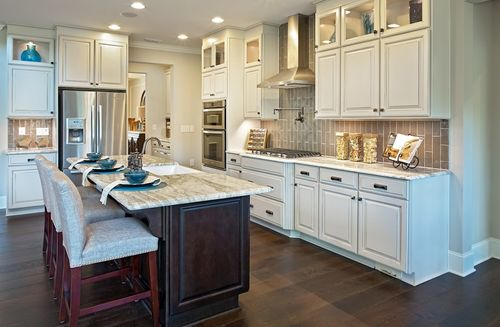 Kitchen-in-Abbey-at-Sunset Glen-in-Fuquay Varina