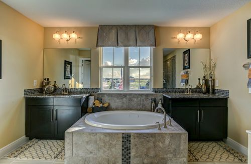 Bathroom-in-Sequoia-at-The Reserve at Pradera-in-Riverview