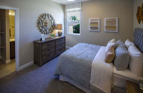 Bedroom-in-Summit-at-Dorrell Estates-in-Las Vegas