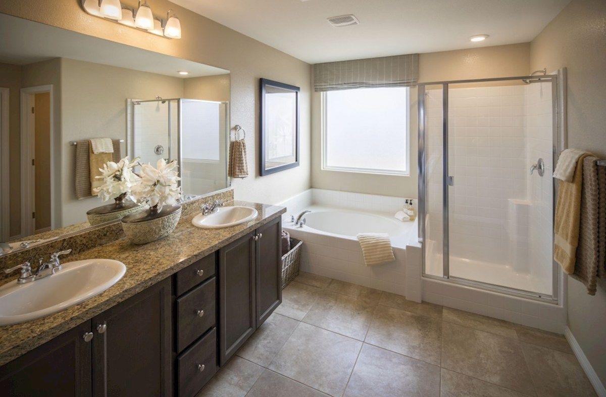 Bathroom-in-Valencia-at-Cactus Ridge-in-Las Vegas