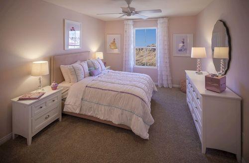 Bedroom-in-Valencia-at-Hamilton Place-in-Las Vegas