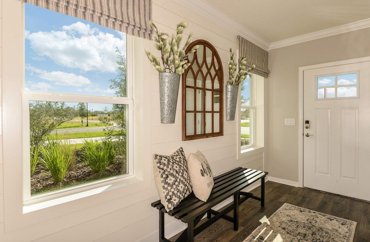 Foyer-in-Cypress Pointe-at-Avalon Park West-in-Wesley Chapel