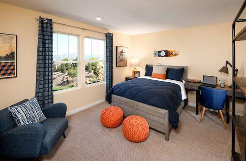 Bedroom-in-Sienna-at-Dorrell Estates-in-Las Vegas