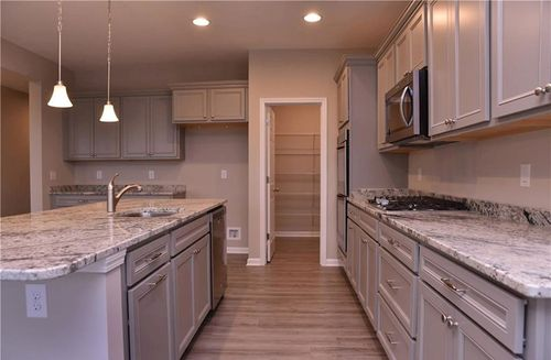 Kitchen-in-Shelby-at-West Rail At The Station-in-Westfield