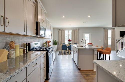 Kitchen-in-Ashford-at-Hillwood-in-Murfreesboro