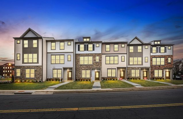 Kennedy 3-Level Townhomes