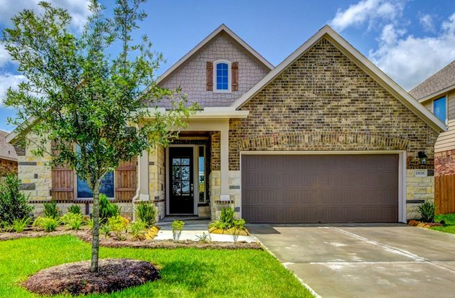 19118 Lake Ridge Drive (Madison)