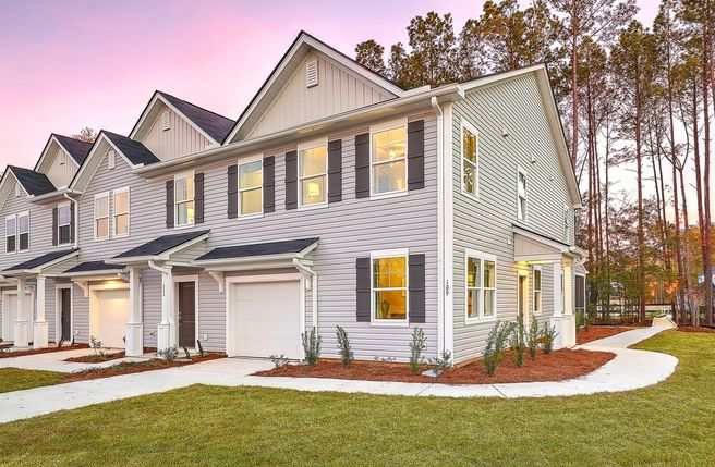 135 Benelli Drive (Pineview)