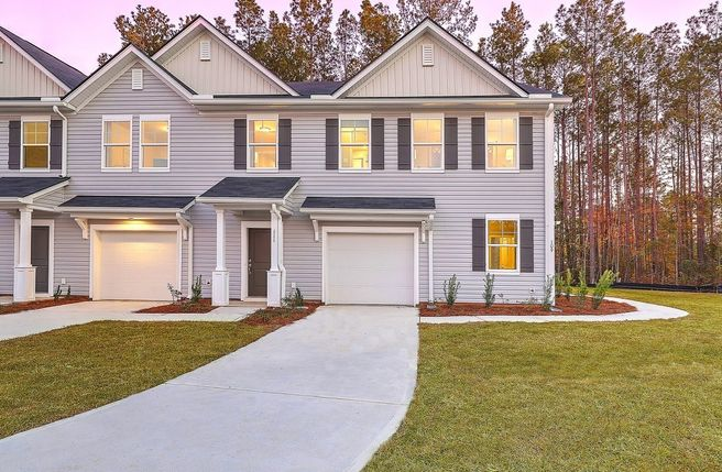 140 Benelli Drive (Pineview)