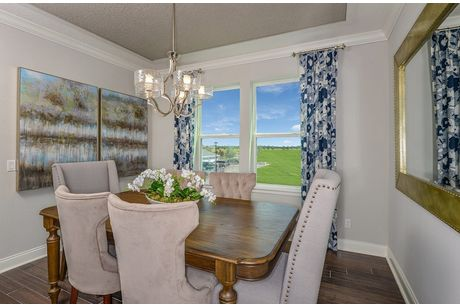 Dining-in-Dogwood-at-Gatherings® of Lake Nona-in-Orlando
