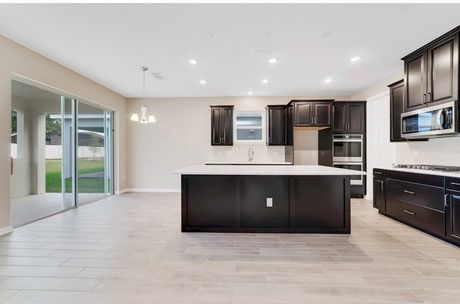 Kitchen-in-Bolton-at-Clifton Park-in-Oviedo