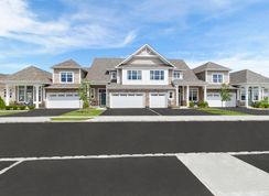 The Devonshire - Country Pointe Meadows: Yaphank, New York - Beechwood Homes
