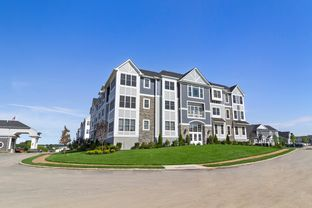The Cambridge - Country Pointe Plainview: Plainview, New York - Beechwood Homes