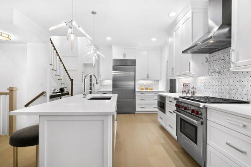 Kitchen-in-Jameston-at-Country Pointe Plainview-in-Plainview