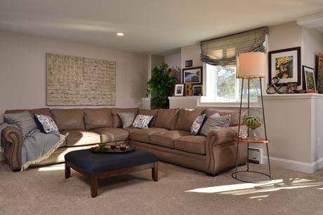 Greatroom-in-Castleton-at-Sonoma Grove-in-Saratoga Springs