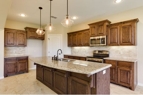 Kitchen-in-Espada-at-Tanglewood at Bentsen Palm-in-Mission