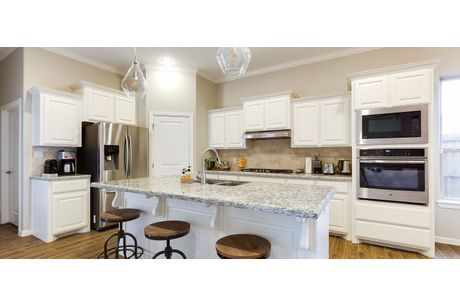 Kitchen-in-Santa Maria-at-Tres Lagos Escondido-in-McAllen