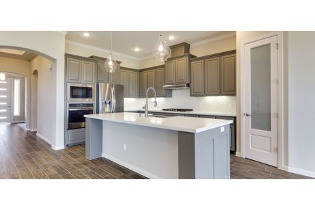 Kitchen-in-Francisco-at-Tanglewood at Bentsen Palm-in-Mission