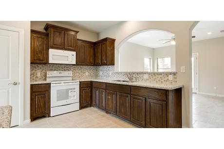 Kitchen-in-Concho-at-Sonador Trails-in-Edinburg